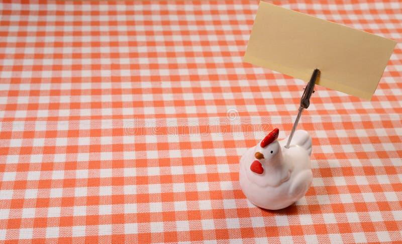 Tenedor de la nota del pollo imagen de archivo