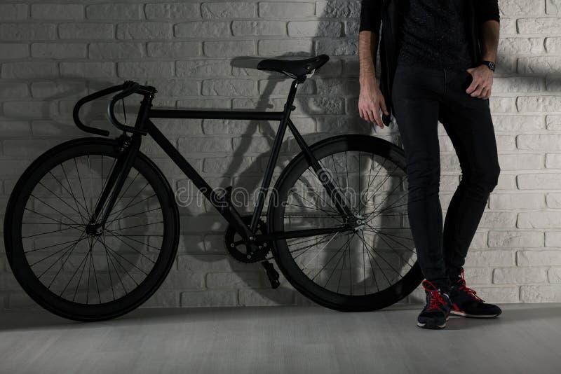 Tenemos estilo: yo y mi bici imagenes de archivo