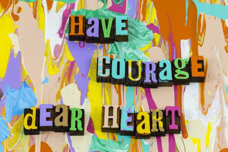Tener valor querido corazón amor valiente creer en la fe imagen de archivo