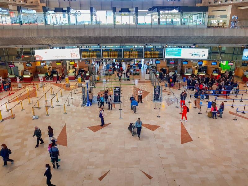 Tenerife, Ilhas Canárias, Espanha; 3 de dezembro de 2018: Imagem interior do aeroporto de Tenerife Norte foto de stock