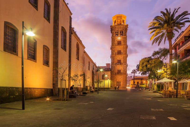Tenerife San Cristobal de la Laguna i härlig solnedgång royaltyfria foton