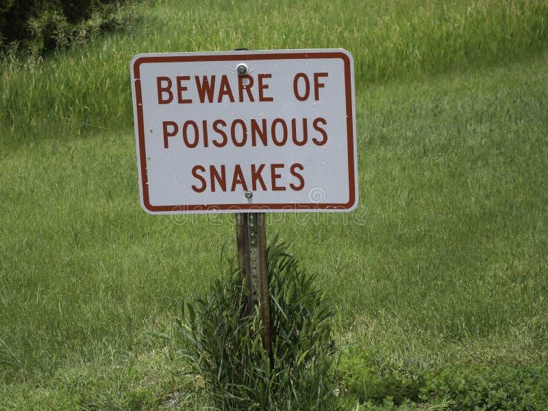 Tenga cuidado para las serpientes imágenes de archivo libres de regalías
