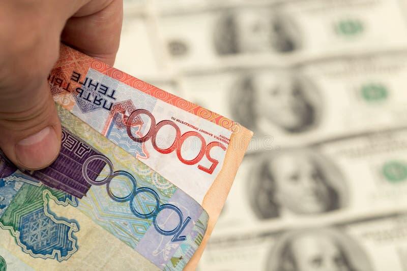Tenge kazakh et U S Dollars image stock