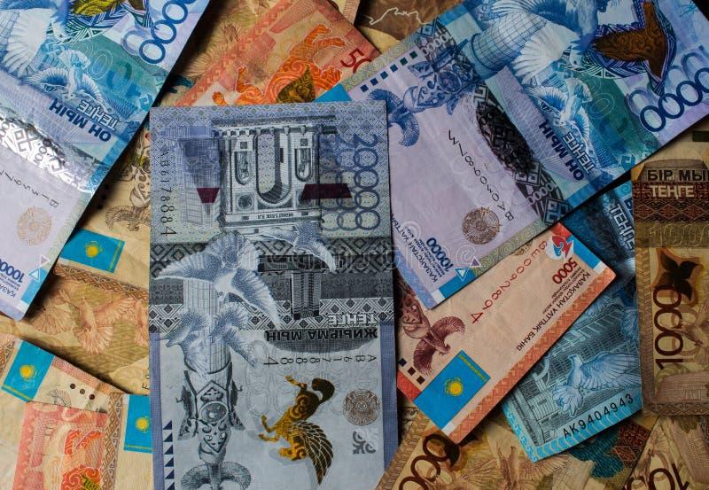 Tenge KZT Nationale valuta van Kazachstan, KZ De groei van de dollar Economie, ontwikkeling, zaken, Bank, makelaar stock afbeeldingen