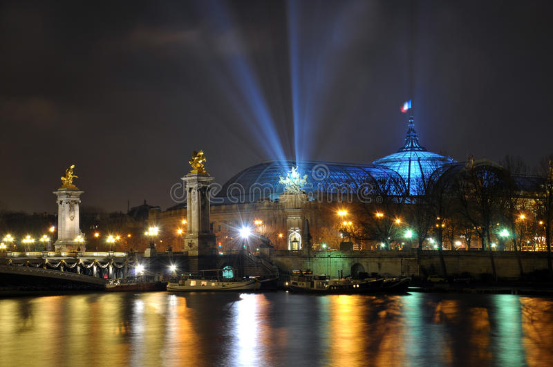 Tengere Palais, Parijs royalty-vrije stock afbeeldingen