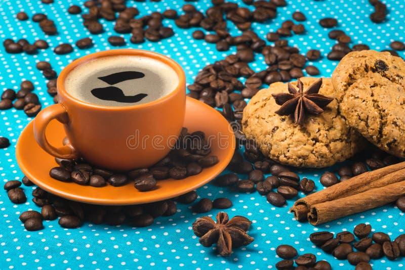 Tenha um dia agradável, o bom dia com xícara de café e a farinha de aveia co imagens de stock royalty free
