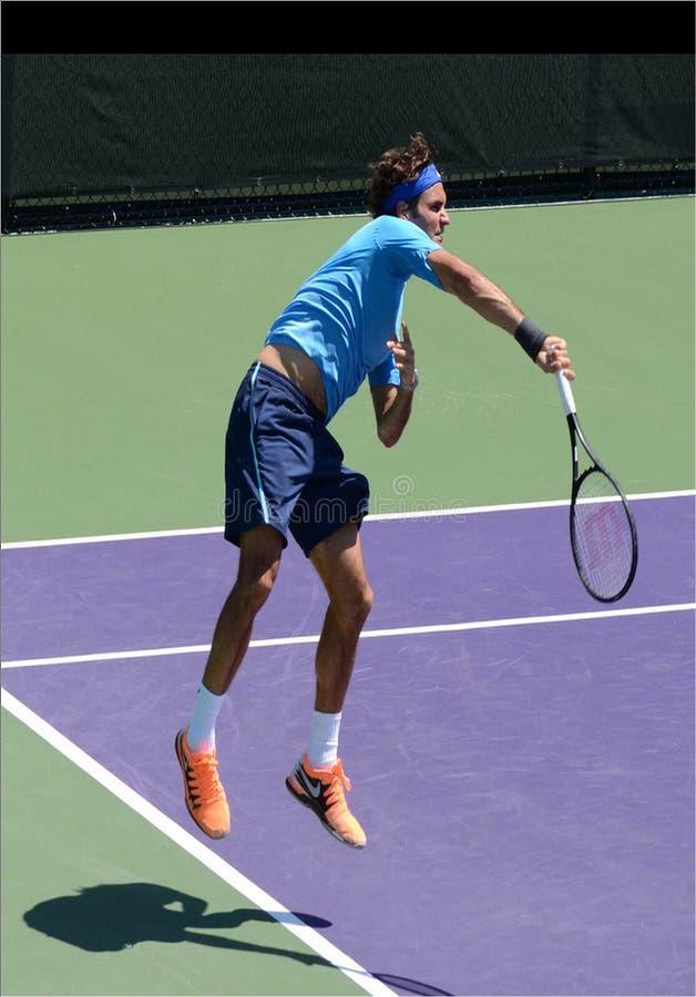 Tenis suizo Roger Federer en Sony Open imágenes de archivo libres de regalías