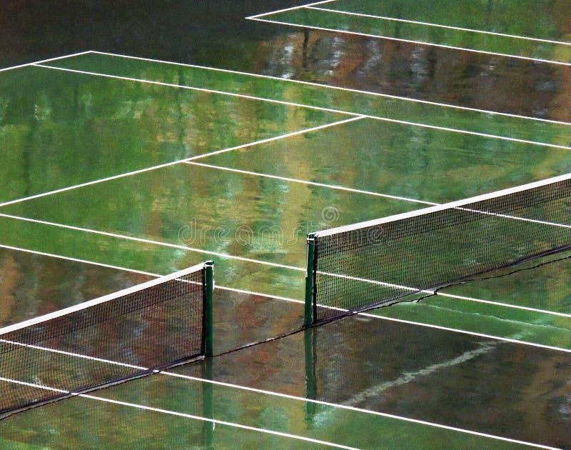 tennis de cour humide photo libre de droits
