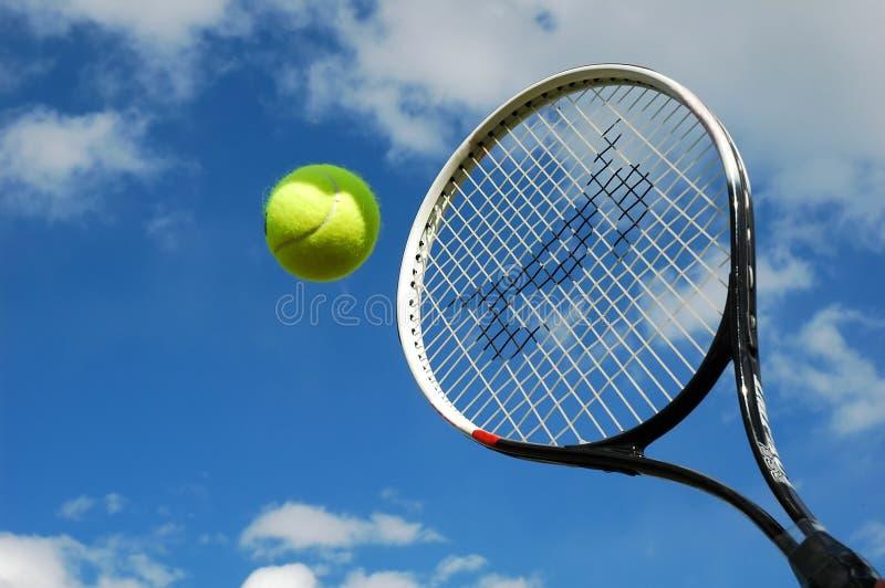 Tennis in der Tätigkeit stockfotos