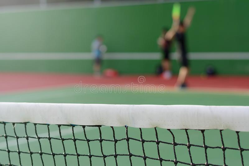 Tennis netto op hofachtergrond royalty-vrije stock fotografie