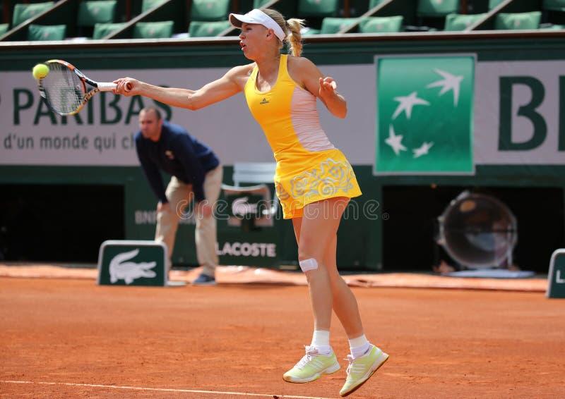 Tennis professionista Caroline Wozniacki della Danimarca durante la sua terza partita del giro a Roland Garros fotografia stock