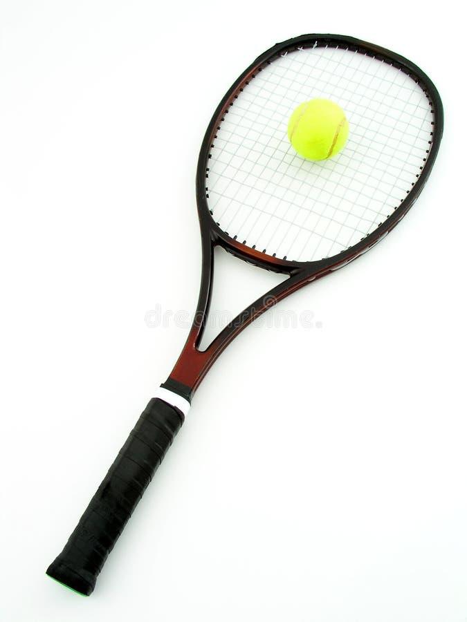 Tennis-Schläger und Kugel stockfoto