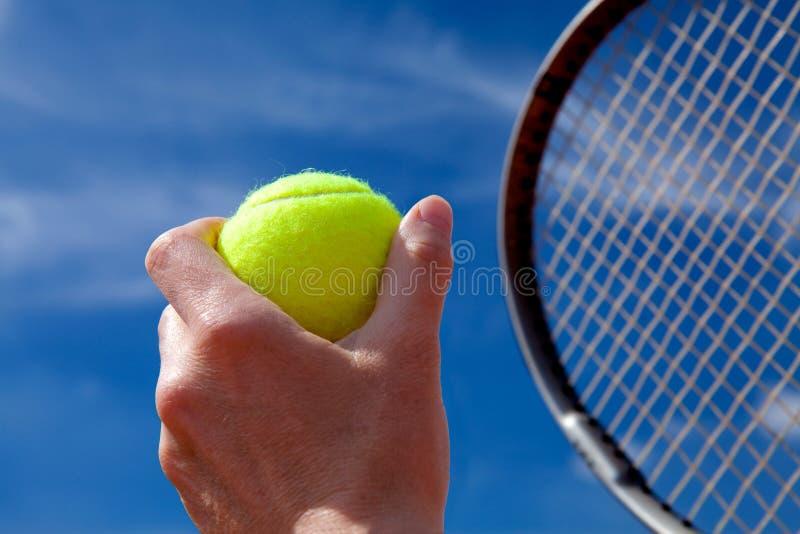 Tennisbal en racket royalty-vrije stock foto's