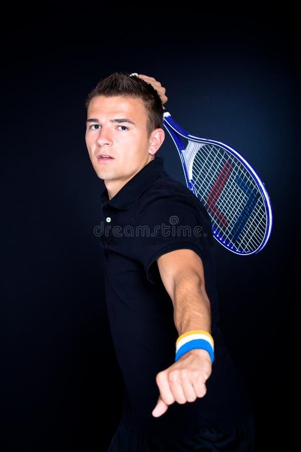 Tennismann lizenzfreie stockbilder