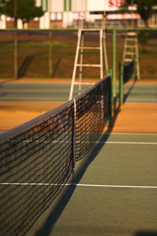 Tennisplatznetz stockbilder