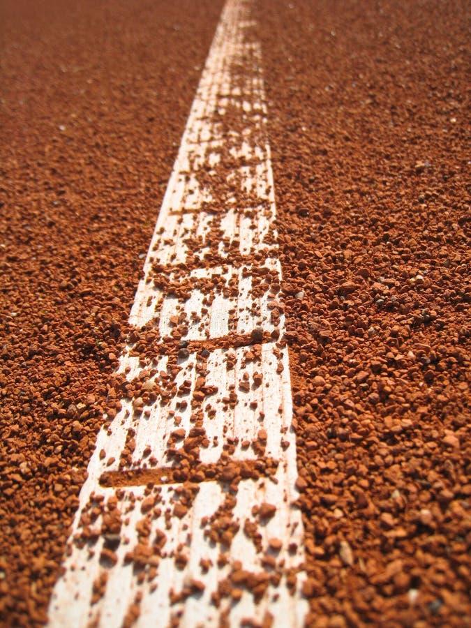 Tennisplatzzeile Mit Kugel (66) Stockfotos