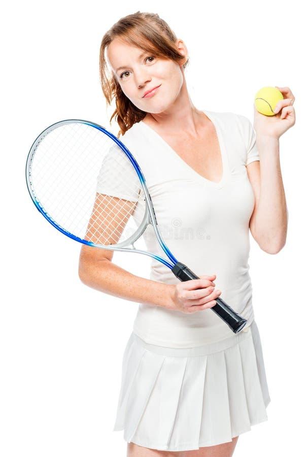 Tennisspieler der jungen Frau mit Schläger auf Weiß stockfoto