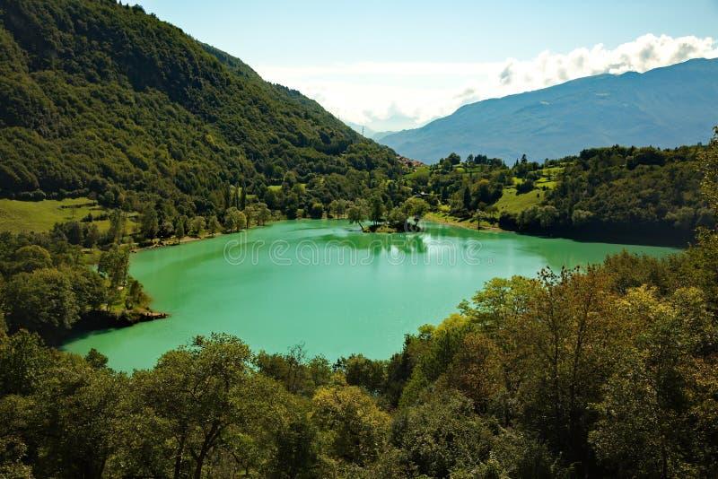 Tenno del lago un lago della montagna in Italia fotografia stock libera da diritti