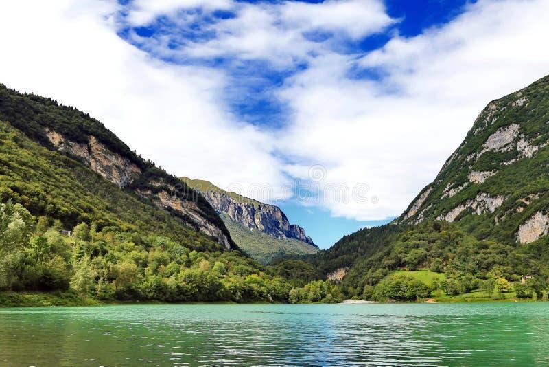 Tenno del lago un lago della montagna in Italia immagine stock libera da diritti