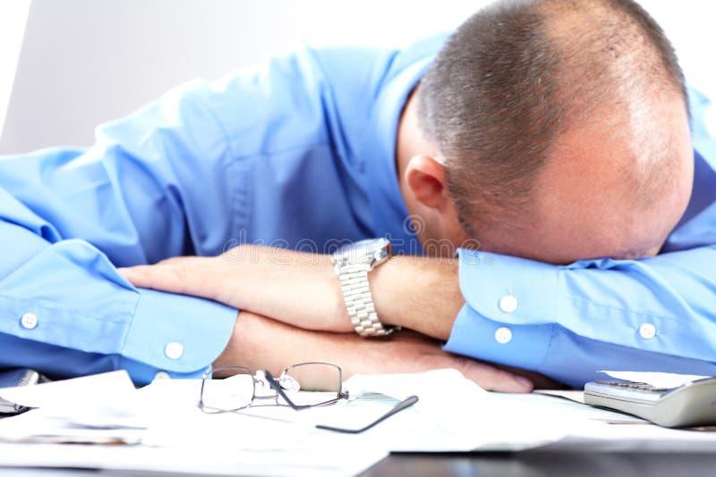Tension. Homme d'affaires dans le bureau photo stock