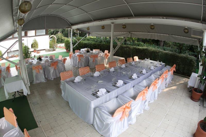 tentbröllop royaltyfri foto