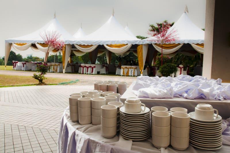 Tente extérieure de mariage photographie stock libre de droits