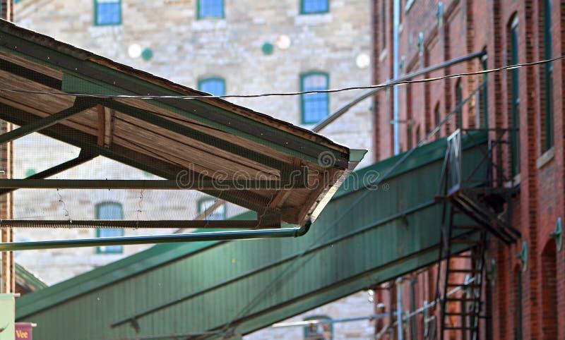 Download Tente industrielle image stock. Image du industriel, expédition - 45352101
