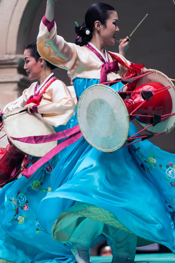 Tentoonstelling van Koreaanse dans royalty-vrije stock afbeeldingen