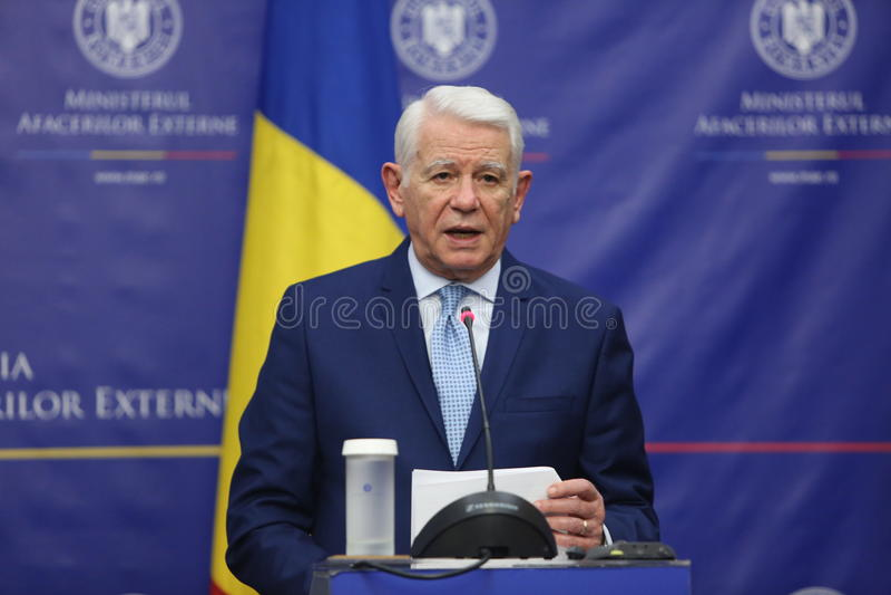 Teodor Viorel Melescanu, ministro de asuntos exteriores rumano fotografía de archivo libre de regalías