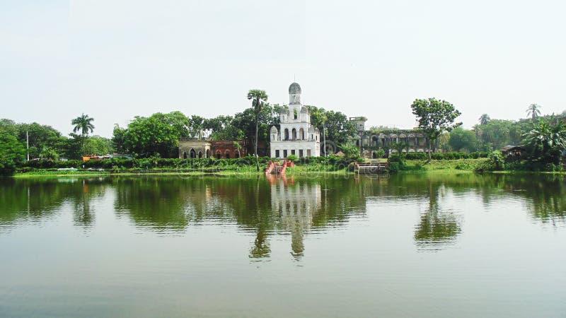 Teota Jamindar Bari in Bangladesch lizenzfreie stockbilder