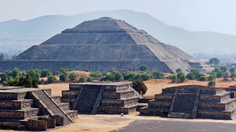 teotihuacan全景的金字塔 库存图片
