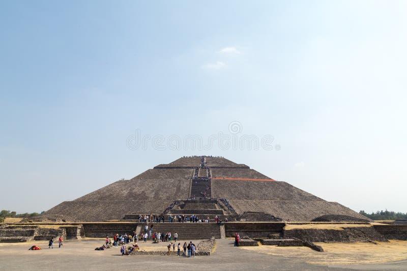 Teotihuacan, Messico - 5 gennaio 2018 Una vista della piramide del Sun immagine stock