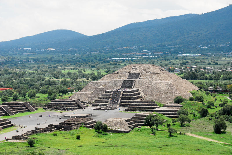 Teotihuacan, piramide della luna immagine stock libera da diritti