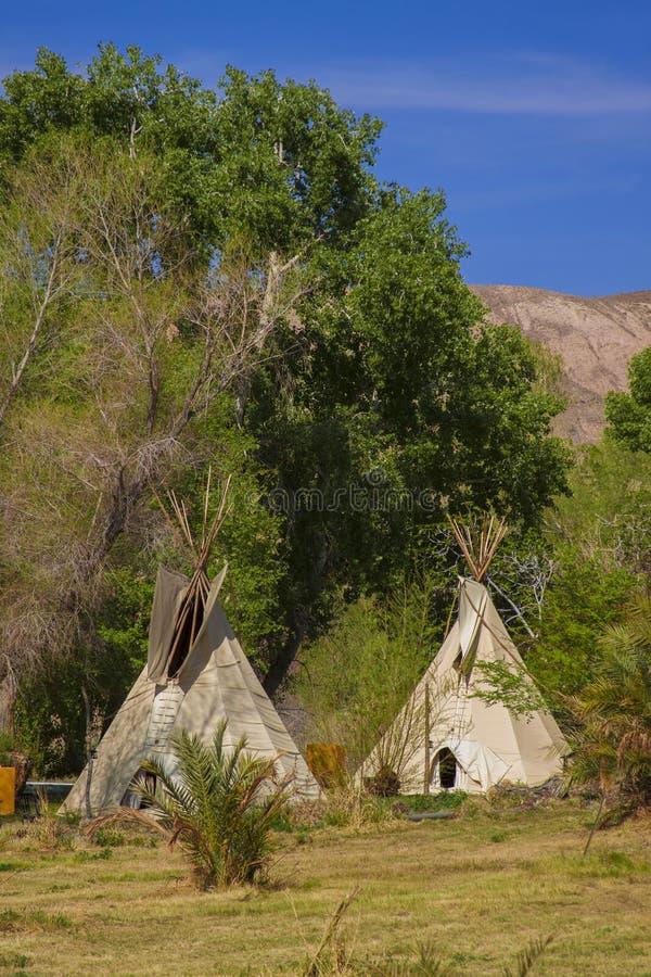 Tepee nel parco di nazione di Death Valley, California immagini stock