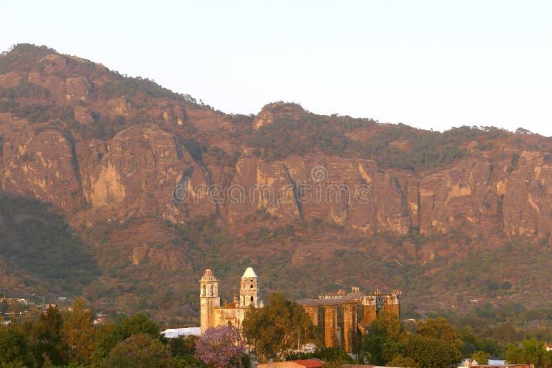 Download Tepoztlan IV zdjęcie stock. Obraz złożonej z góra, meksykanin - 53793280