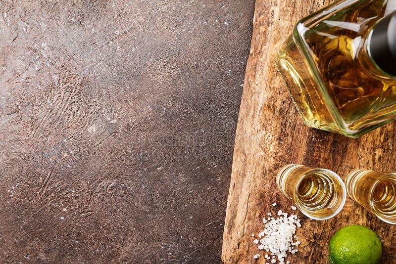 tequila съемки известки стоковые фотографии rf