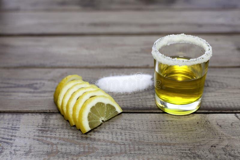 tequila съемки соли лимона стоковые изображения
