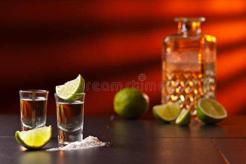 Tequila с известкой и солью стоковое фото