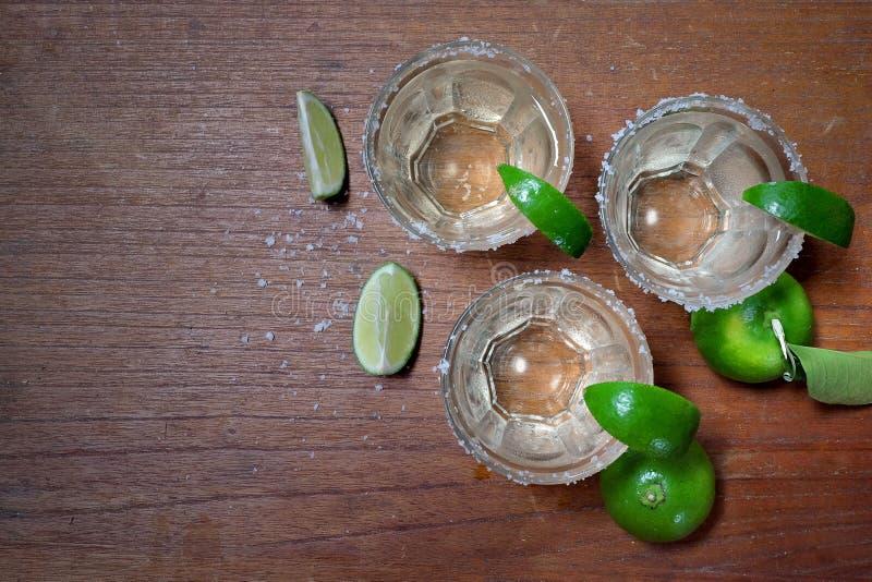 Tequila с известкой и солью стоковая фотография