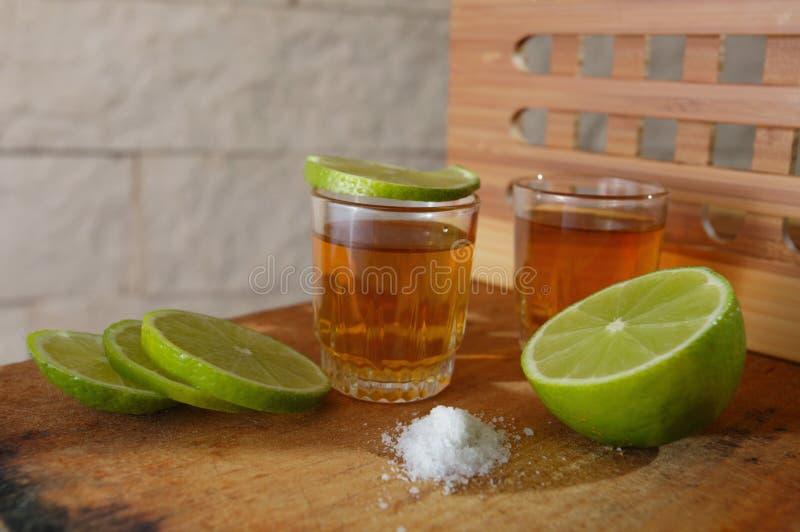 Tequila dell'oro immagini stock
