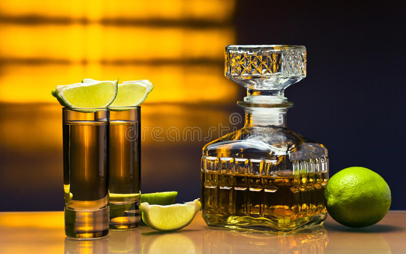 Tequila do ouro imagens de stock royalty free