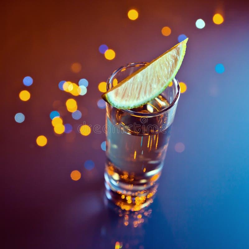 Tequila en kalk stock foto's
