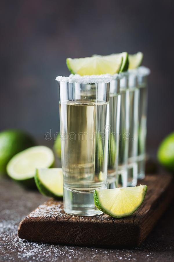 Tequila mexicaine d'or image stock