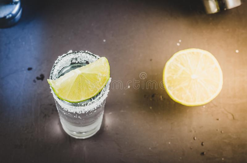 Tequila Shot With Lime Fruit/Tequila Shot With Lime Fruit