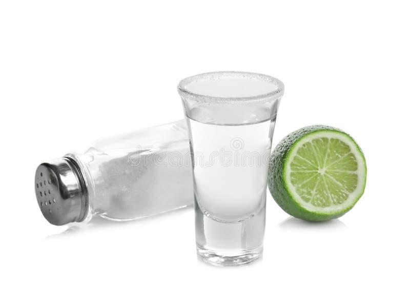 Tequila tirée avec la chaux et le sel juteux images libres de droits