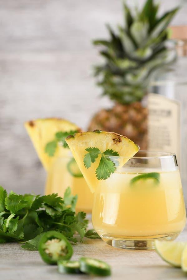 Tequila z ananasem i jalapeno fotografia stock