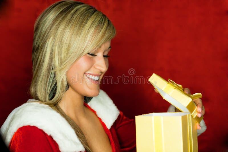 teraźniejsza prezent kobieta obraz stock