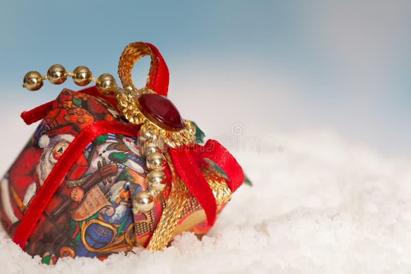 Teraźniejszość w śniegu obrazy royalty free