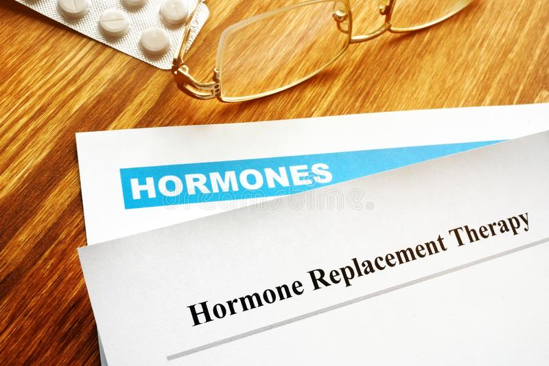 Terapia de reemplazo hormonal HRT imagen de archivo libre de regalías