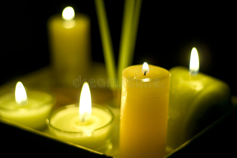 Download Terapia dell'aroma fotografia stock. Immagine di ustione - 7301850